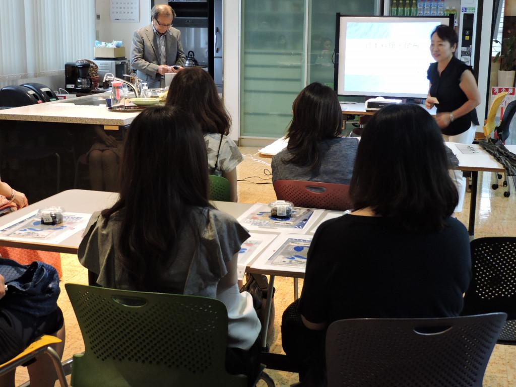 加藤千明料理教室の千明先生、皆様が、来社くださいました。
